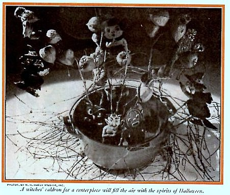 Witches Cauldron centerpiece for your vintage Halloween