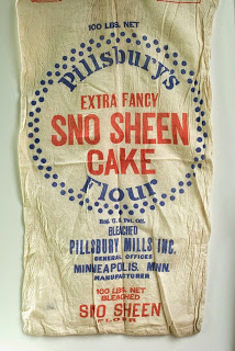 A bag of Sno Sheen Flour.